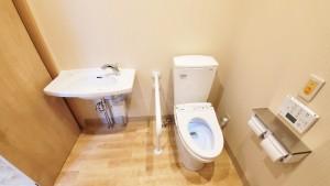 森の明-トイレ(内側)
